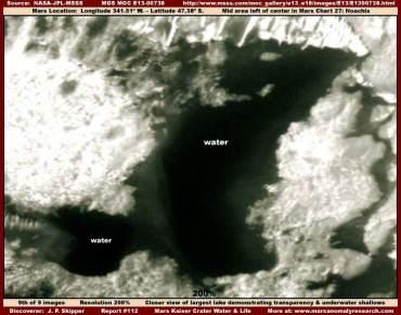 Ristagno d'acqua con rigagnoli di deflusso su Marte