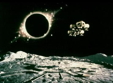Spazio 1999 - fotogramma dall'episodio 'Sole nero'