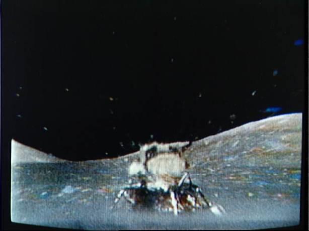 LM 'Challenger' decolla dalla superficie lunare, giovedì 14 dicembre 1972