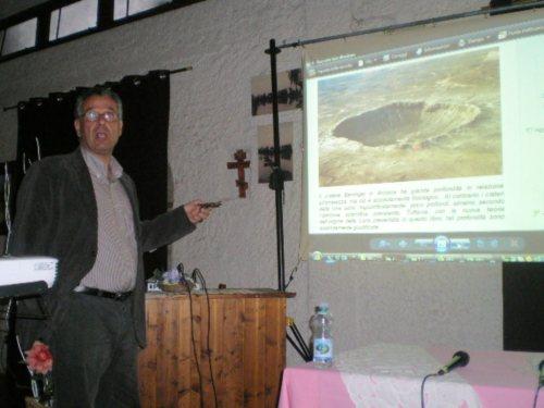 Sotiris spiega il cratere da impatto in Arizona