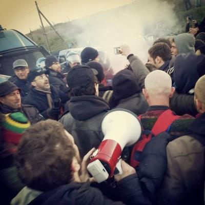 No MUOS: pacifici manifestanti massacrati dalle forze dell'ordine - Gianni Lannes